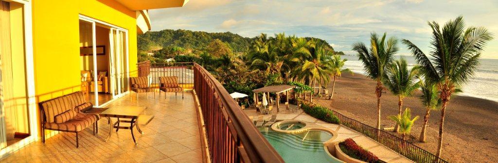 beachfront jaco condo for rent in costa rica