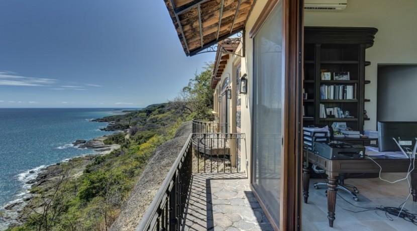 luxury estate for rent in costa rica