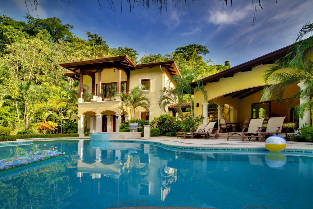 Casa tropical in los suenos eco golf estates palms costa for Costa rica vacation house rentals