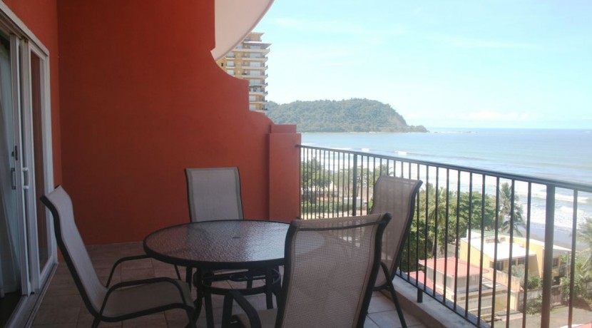 Jaco Oceanfront Penthouse – SOLD