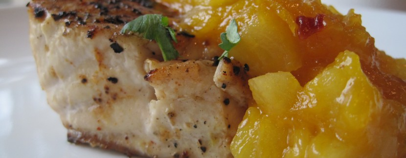 Costa Rica Recipes:Fresh Mango and Pineapple Chutney