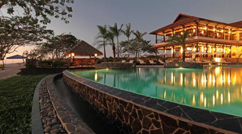 hacienda pinilla amenities club house