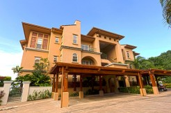 Costa-Rica-Condo-For-Sale-in-Los-Suenos-Resort-and-Marina-11