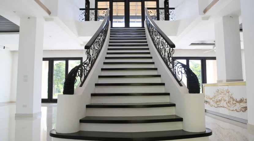 Hacienda-Pinilla-Real-Estate-4
