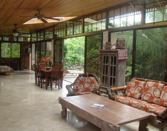 Costa Rica Real Estate Offers Beautiful Details & Green Living