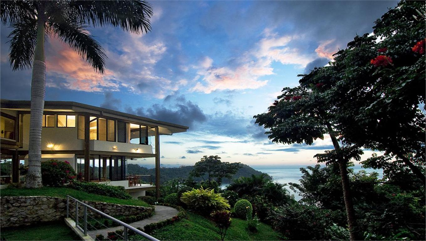 Villa Kiskadee- Three Level Modern Home. Stunning Ocean Views, Surrounded By Nature.