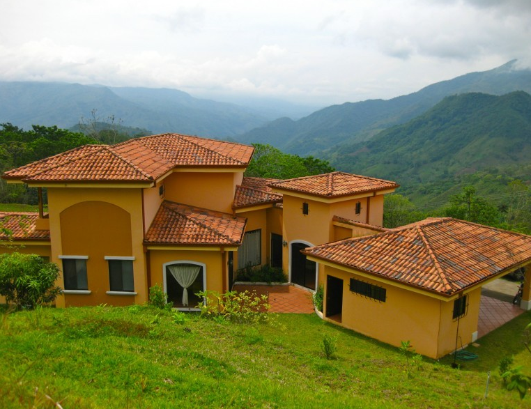 Spacious Living in Puriscal's Beautiful Mountains