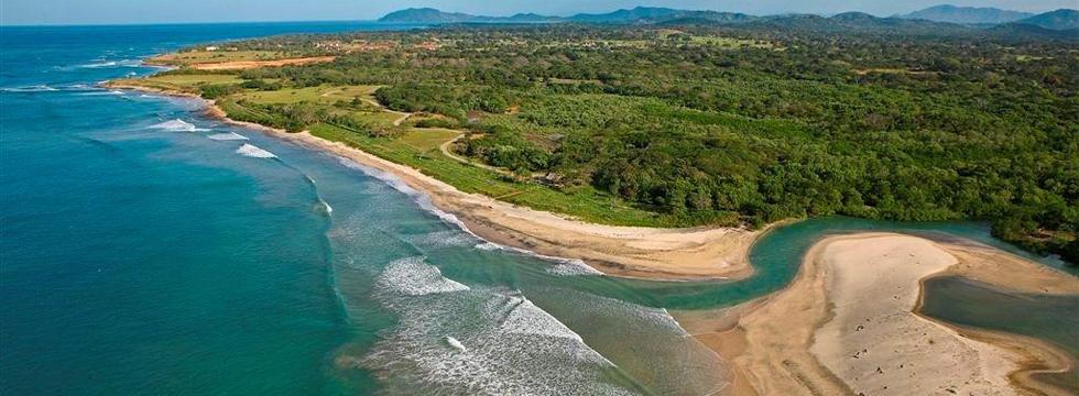 La Dulce Vida – Private Beachfront Community in Hacienda Pinilla