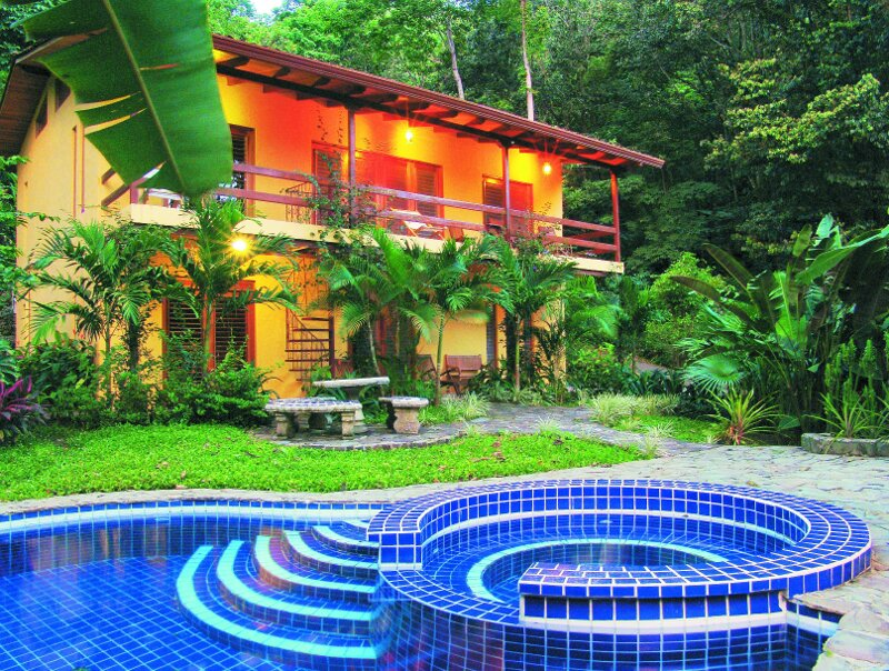 3 Bedroom-Private Pool Beautiful Manuel Antonio Home Priced to Sell