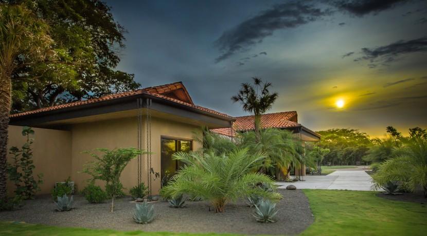 hacienda pinilla costa rica real estate