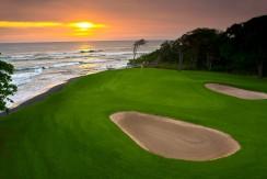 golf at hacienda pinilla