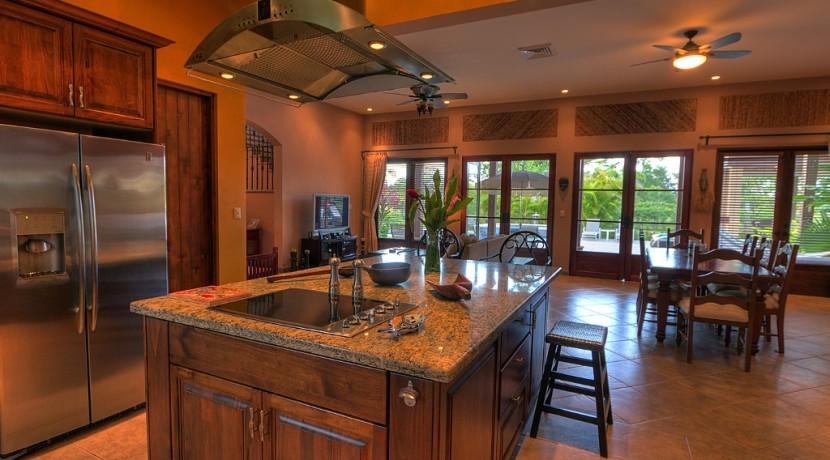 almendro kitchen