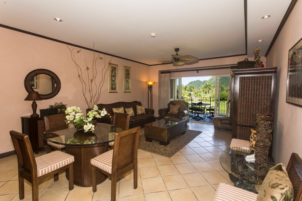 Distinguished Del Mar Condo for Sale