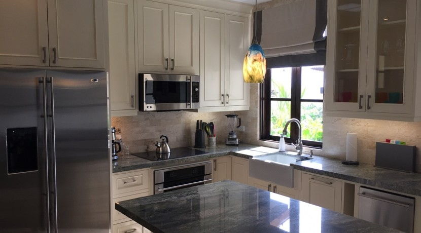 kitchen 2 at las catalinas flat for sale