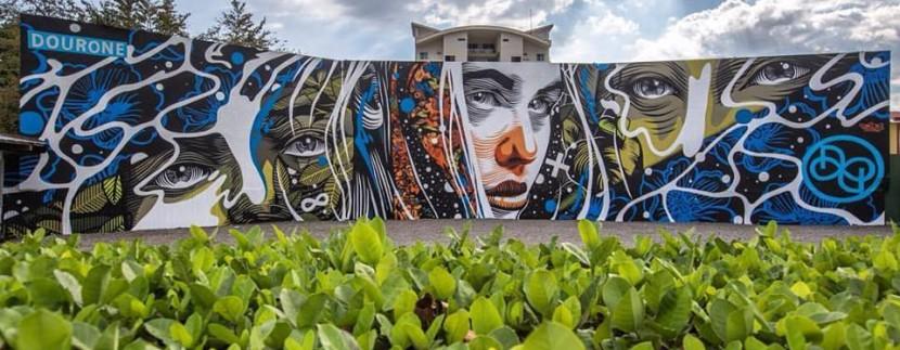 mural in jaco costa rica