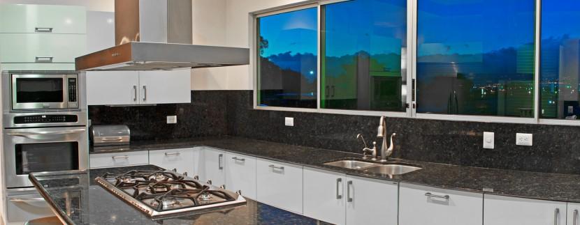Great Contemporary Multi-Level Kitchen