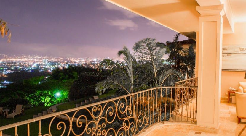 Hillcrest Balcony