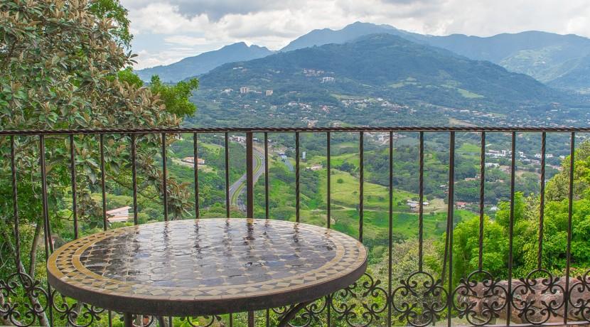 Mountain Eklezion Balcony View