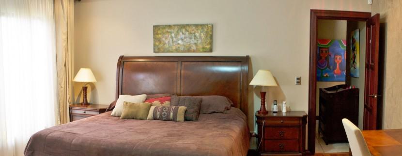 Rumah Master Bedroom