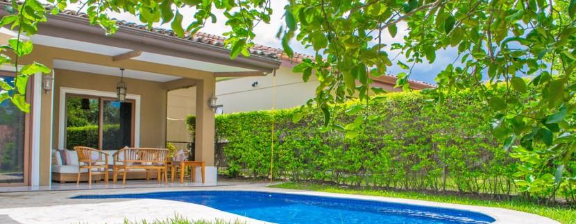 Rumah Pool