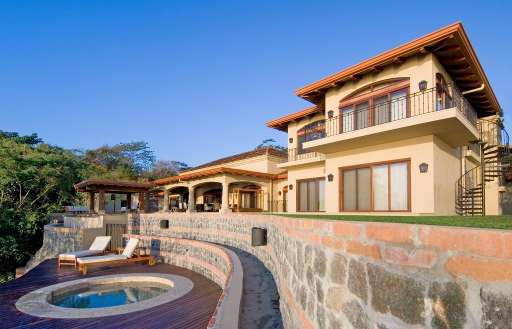 Villa paraiso the ultimate luxury estate in montezuma for Costa rica luxury villa
