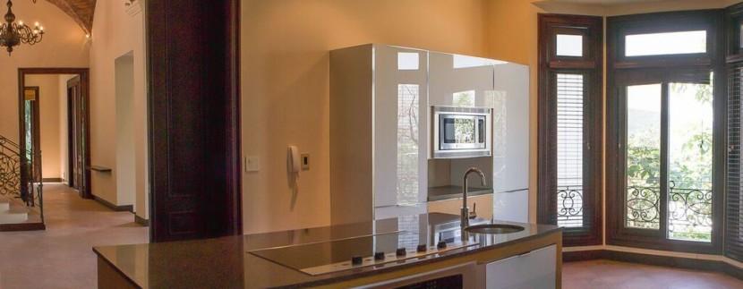 kitchen toscana luxury home in Costa Rica