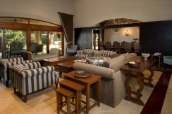 living room (1024x577)