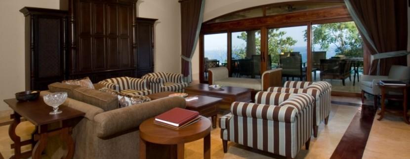 living room 2 (1024x541)