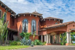 luxury estates for sale in Costa Rica