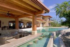 pool area (1024x642)