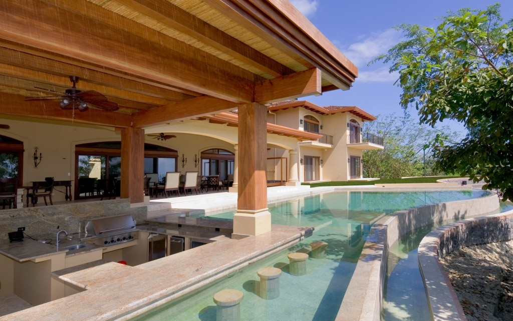 Villa paraiso the ultimate luxury estate in montezuma for Luxury homes for sale in costa rica