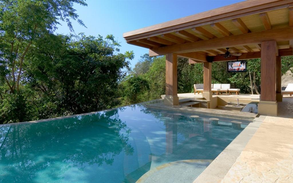 Villa paraiso the ultimate luxury estate in montezuma for Luxury villas in costa rica
