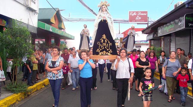 01-Semana-Santa-Parade3