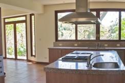 La Mirada Kitchen