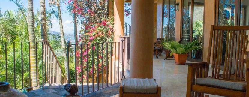 La Mirada Terrace2