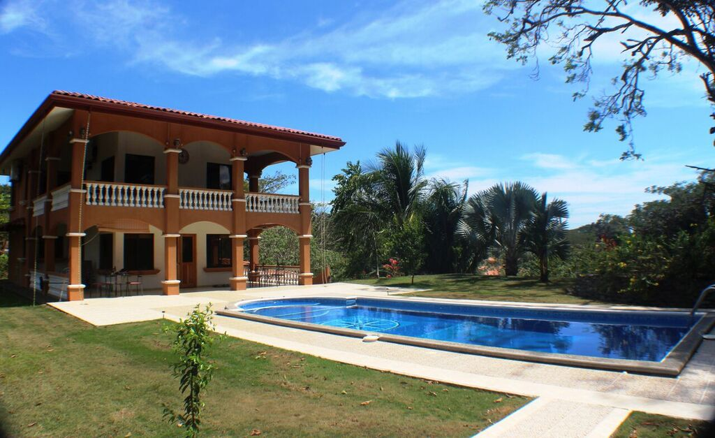 Beautiful 2 Acre Home and Oasis in Esterillos Oeste-Price Reduction***