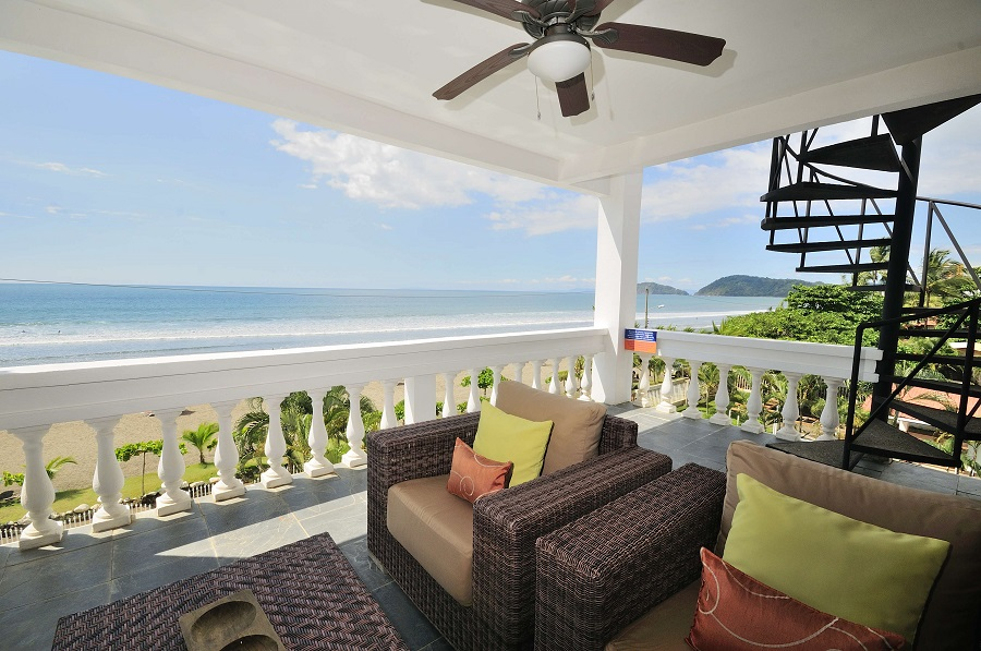 For Sale in Jaco-Exquisite Ocean Front Penthouse at Paloma Blanca