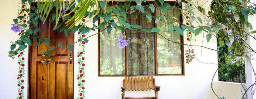 garden-hotel-veranda-small-1024x683