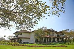 Hacienda Club Villas