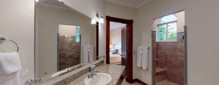 Casa-Pacifica-copy-Bathroom-of-Bedroom-Two(1)