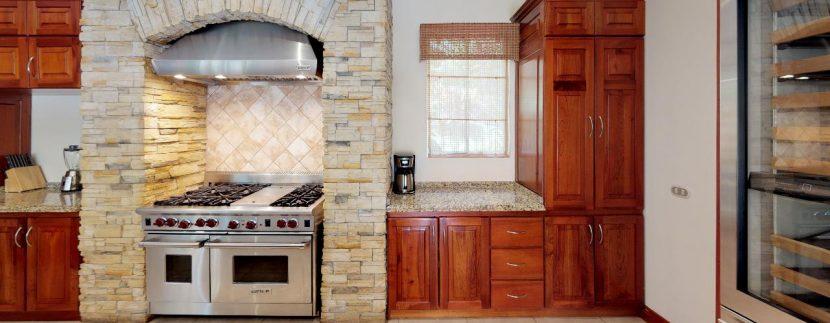 Casa-Pacifica-copy-Kitchen(3)