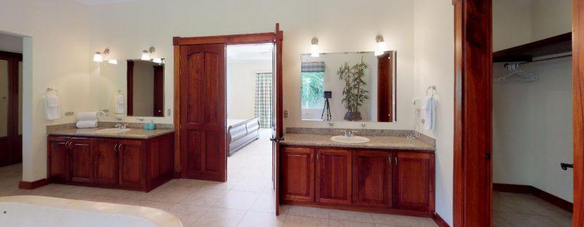 Casa-Pacifica-copy-Master-Bathroom(2)