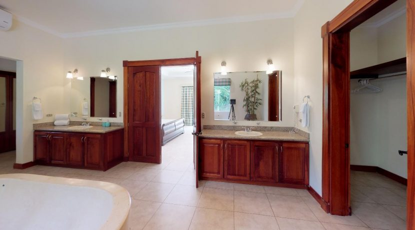 Casa-Pacifica-copy-Master-Bathroom(2)