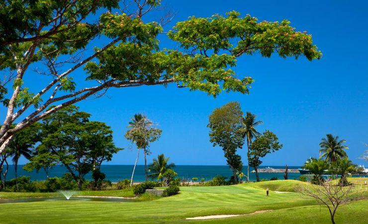 golf course at los suenos costa rica