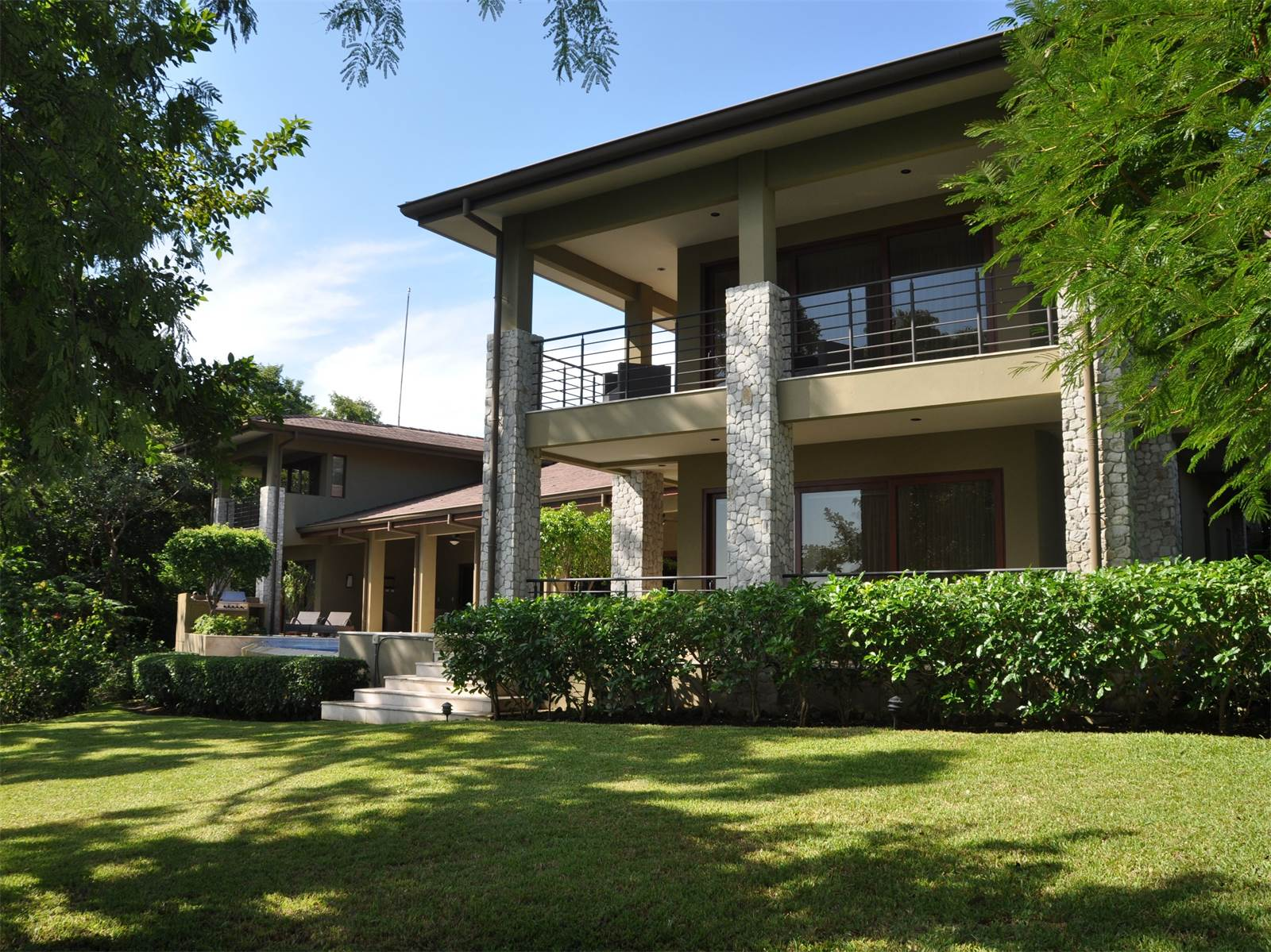 Sophisticated Golf Course Home in Penisula Papagayo