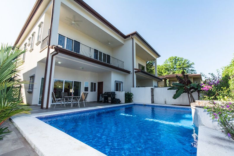 Vibrant Villa in the Heart of Herradura – Reserva Las Lomas