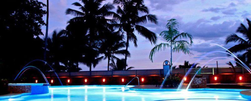 palms_crocs_pool_night