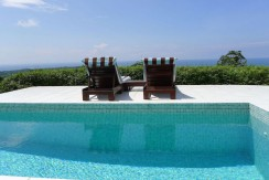 pool to ocean view at dominical villa
