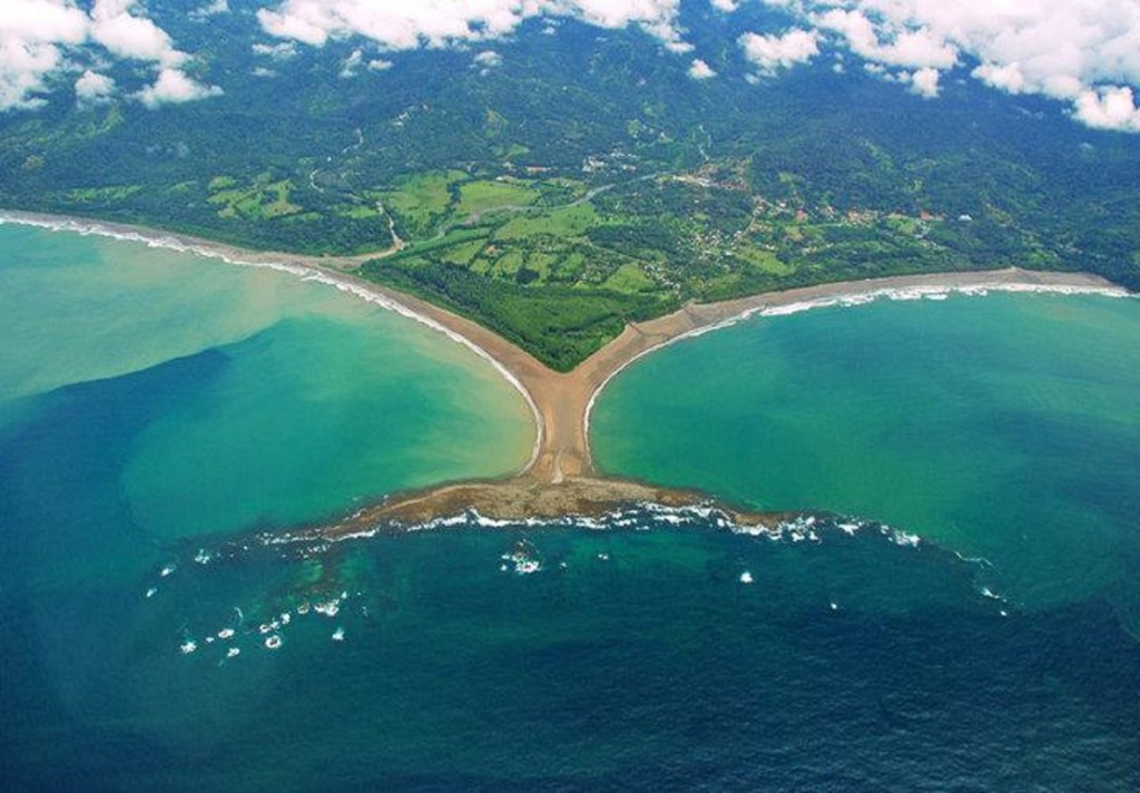 Marino Ballena National Park