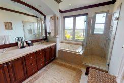 16 master bathromm